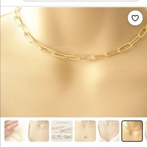 """GOLD """"paperclip"""" chain link necklace"""